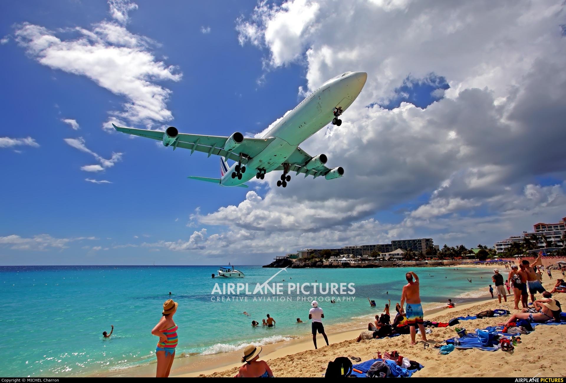 Air France F-GLZR aircraft at Sint Maarten - Princess Juliana Intl