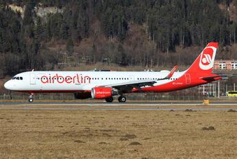 OE-LCM - Niki Airbus A321