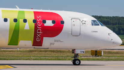 CS-TPW - TAP Express Embraer ERJ-190 (190-100)