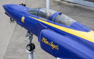 63-7423 - USA - Navy : Blue Angels McDonnell Douglas F-4C Phantom II