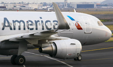 N9015D - American Airlines Airbus A319