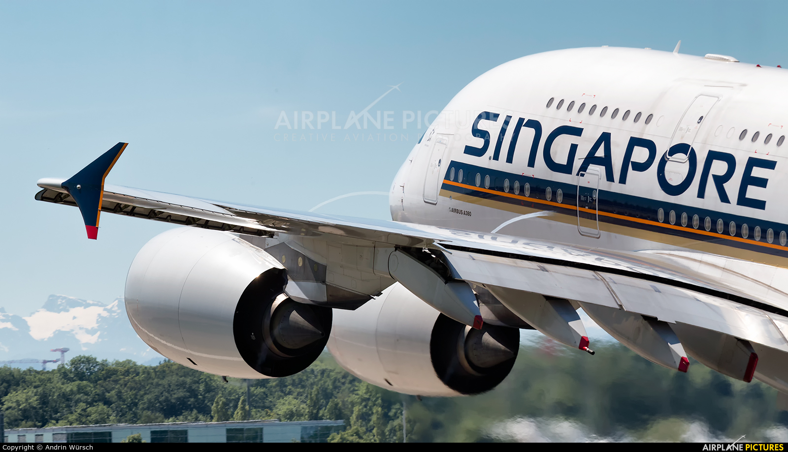 Singapore Airlines 9V-SKP aircraft at Zurich