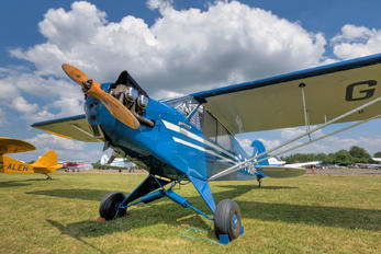 G-POOH - Private Piper J3 Cub