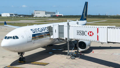 9V-STG - Singapore Airlines Airbus A330-300