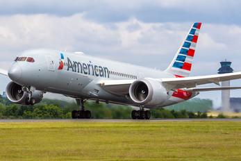 N815AA - American Airlines Boeing 787-8 Dreamliner