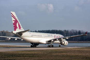 A7-ACK - Qatar Airways Airbus A330-200