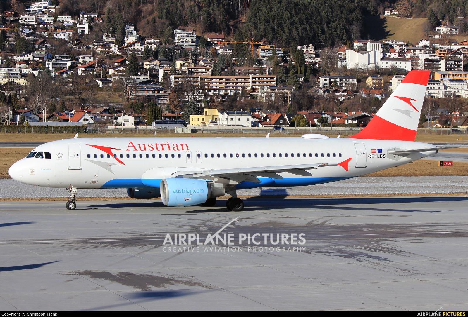 Austrian Airlines/Arrows/Tyrolean OE-LBS aircraft at Innsbruck