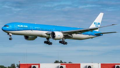 PH-BVC - KLM Boeing 777-300ER