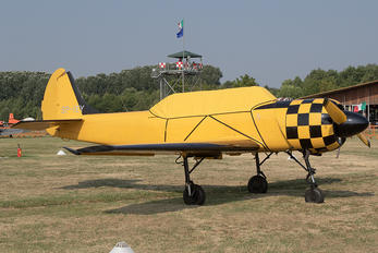 SP-YEY - Private Yakovlev Yak-52