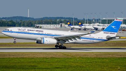 9K-APE - Kuwait Airways Airbus A330-200