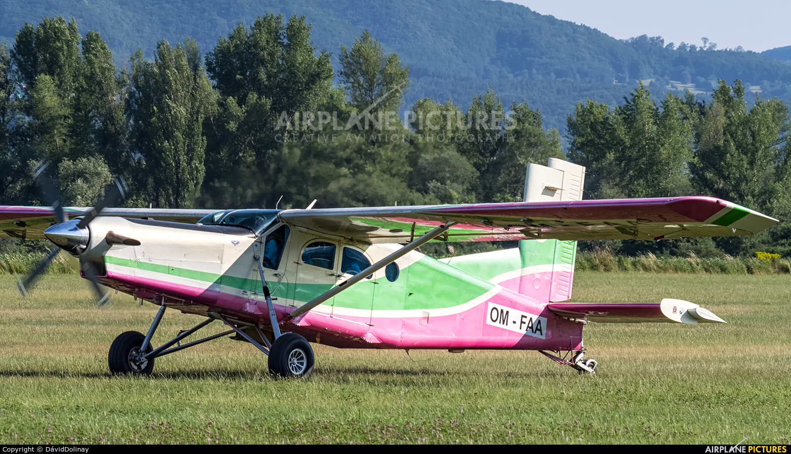 Aeroklub Dubnica nad Vahom OM-FAA aircraft at Dubnica nad Vahom - Slavnica