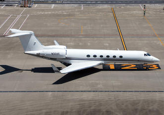 N33XE - Private Gulfstream Aerospace G-V, G-V-SP, G500, G550