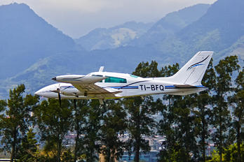 TI-BFQ - Private Cessna 310