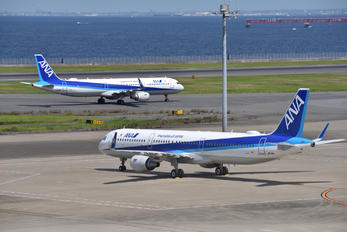 JA111A - ANA - All Nippon Airways Airbus A321