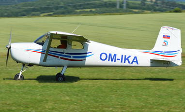 OM-IKA - Private Cessna 150