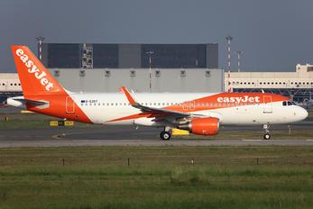 G-EZOT - easyJet Airbus A320