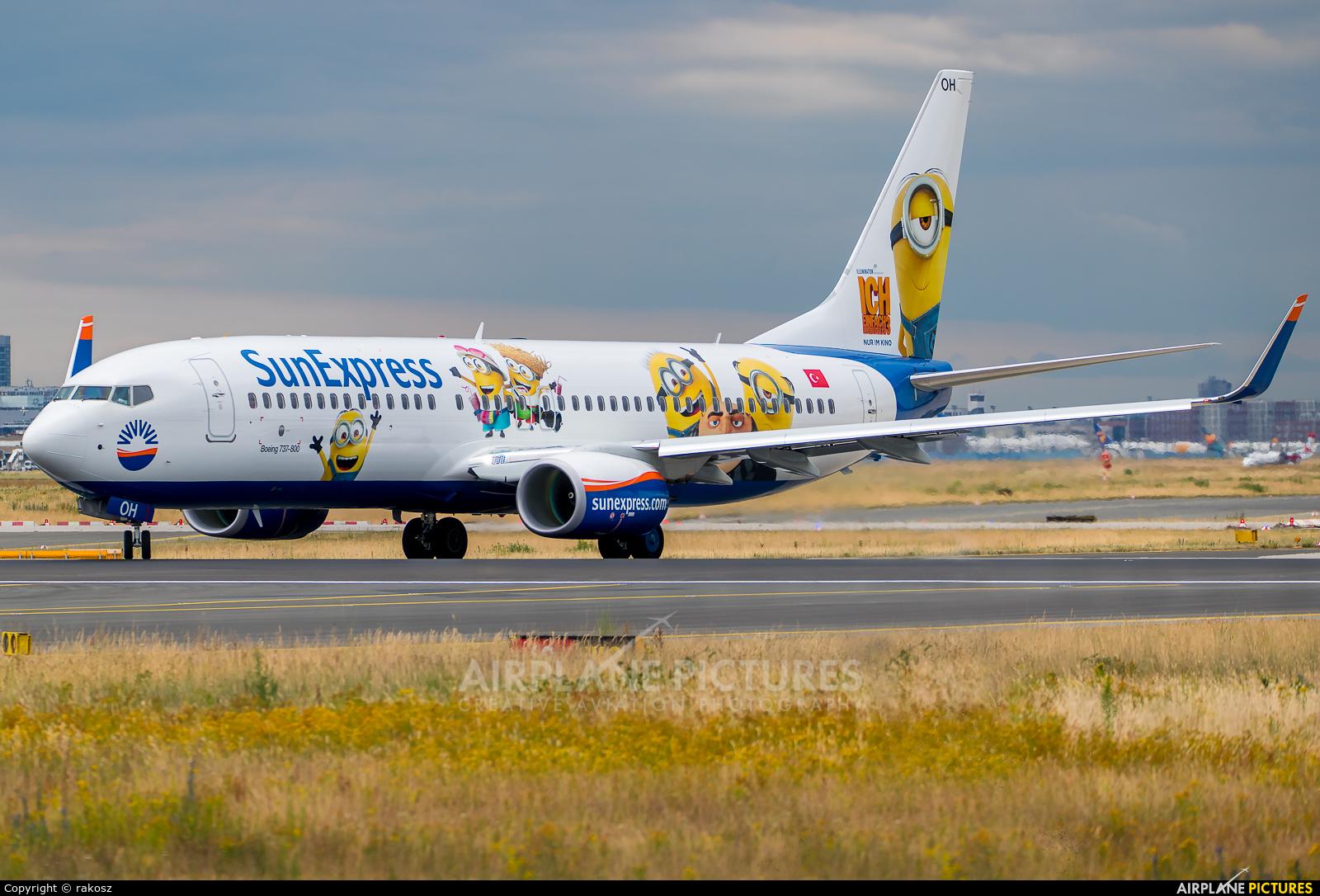 SunExpress TC-SOH aircraft at Frankfurt