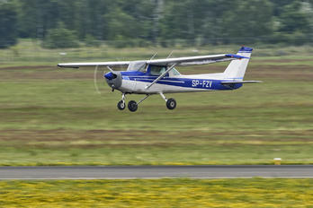 SP-FZY - Private Cessna 152