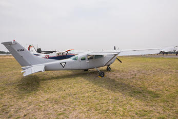 5506 - Mexico - Air Force Cessna 182 Skylane RG