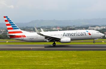 N962NN - American Airlines Boeing 737-800