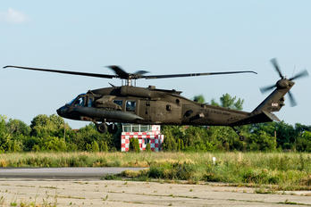 12-20542 - USA - Navy Sikorsky H-60L Black hawk