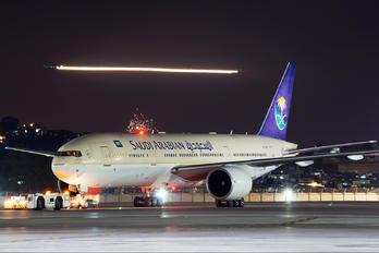 HZ-AKN - Saudi Arabian Airlines Boeing 777-200ER