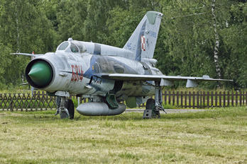 6814 - Poland - Air Force Mikoyan-Gurevich MiG-21MF