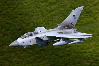 ZA614 - Royal Air Force Panavia Tornado GR.4 / 4A