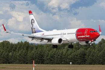 LN-NGY - Norwegian Air Shuttle Boeing 737-800