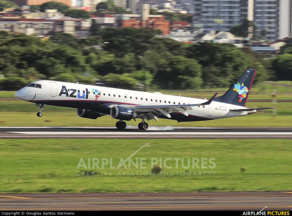 Azul Linhas Aéreas PR-AUB aircraft at Porto Alegre - Salgado Filho