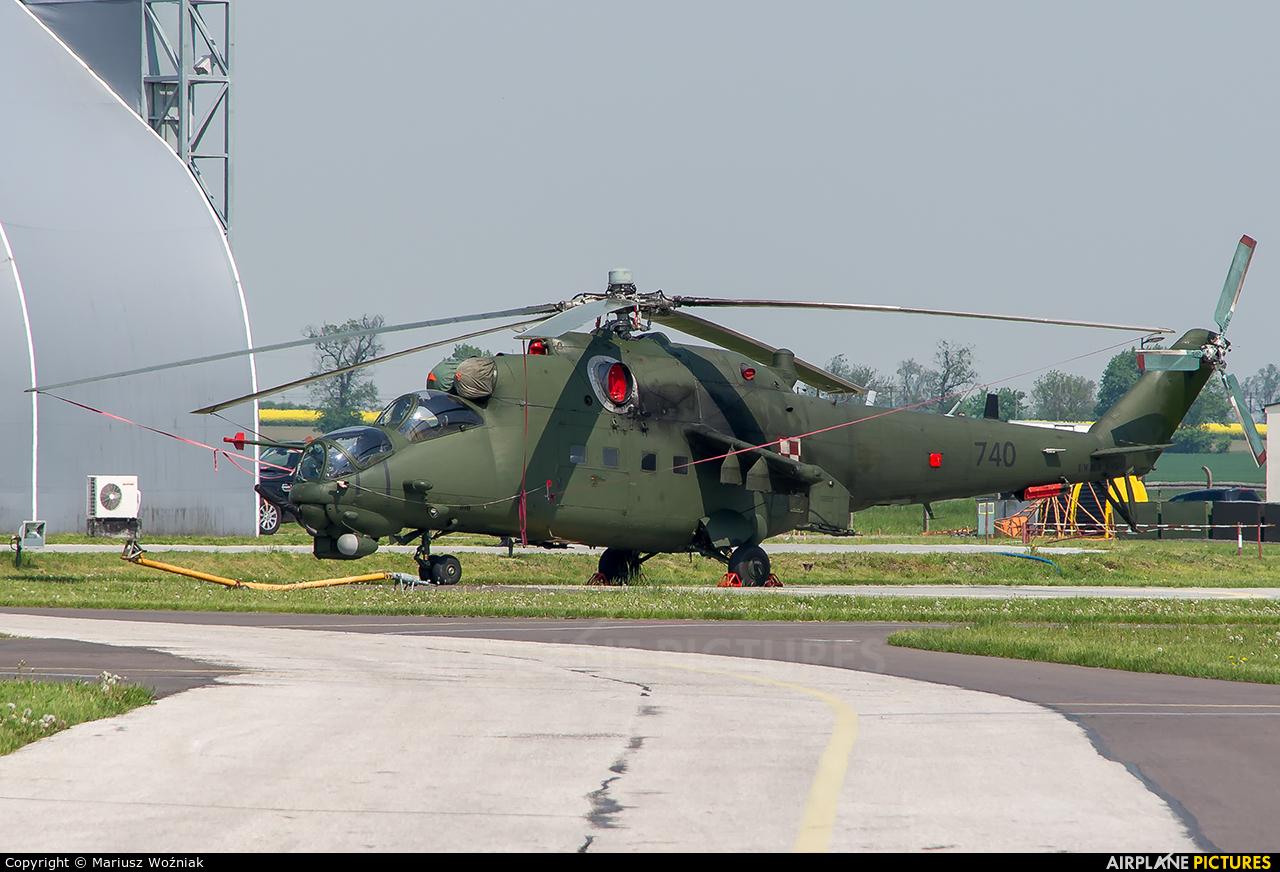 Poland - Army 740 aircraft at Inowrocław - Latkowo