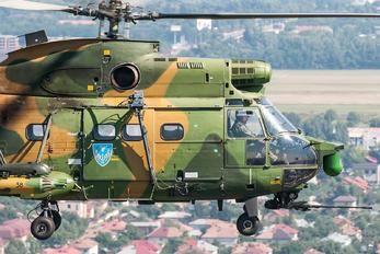 69 - Romania - Air Force IAR Industria Aeronautică Română IAR 330L-Socat Puma