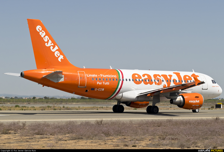 easyJet G-EZIW aircraft at Murcia - San Javier