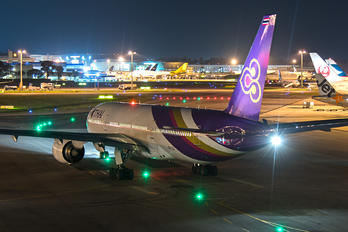 HS-TJG - Thai Airways Boeing 777-200