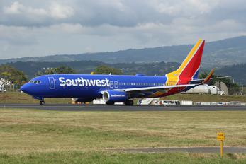 N8503A - Southwest Airlines Boeing 737-800