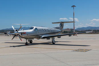 HB-FOW - Private Pilatus PC-12