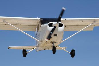 EC-KPO - European Flight Service Cessna 172 Skyhawk (all models except RG)