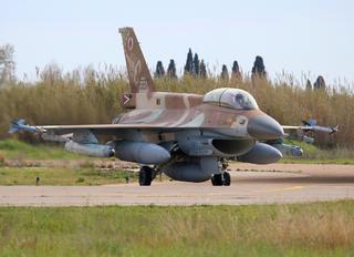 687 - Israel - Defence Force General Dynamics F-16D Barak
