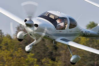 SP-RYT - Private Diamond DA 40 Diamond Star
