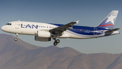 CC-BAH - LAN Airlines Airbus A320