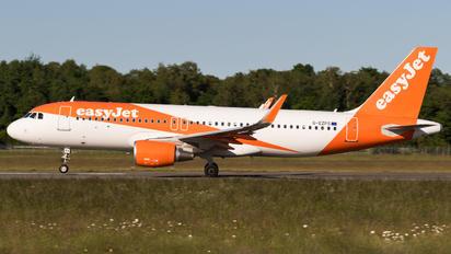 G-EZPS - easyJet Airbus A320