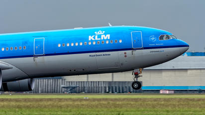 PH-AKF - KLM Airbus A330-300