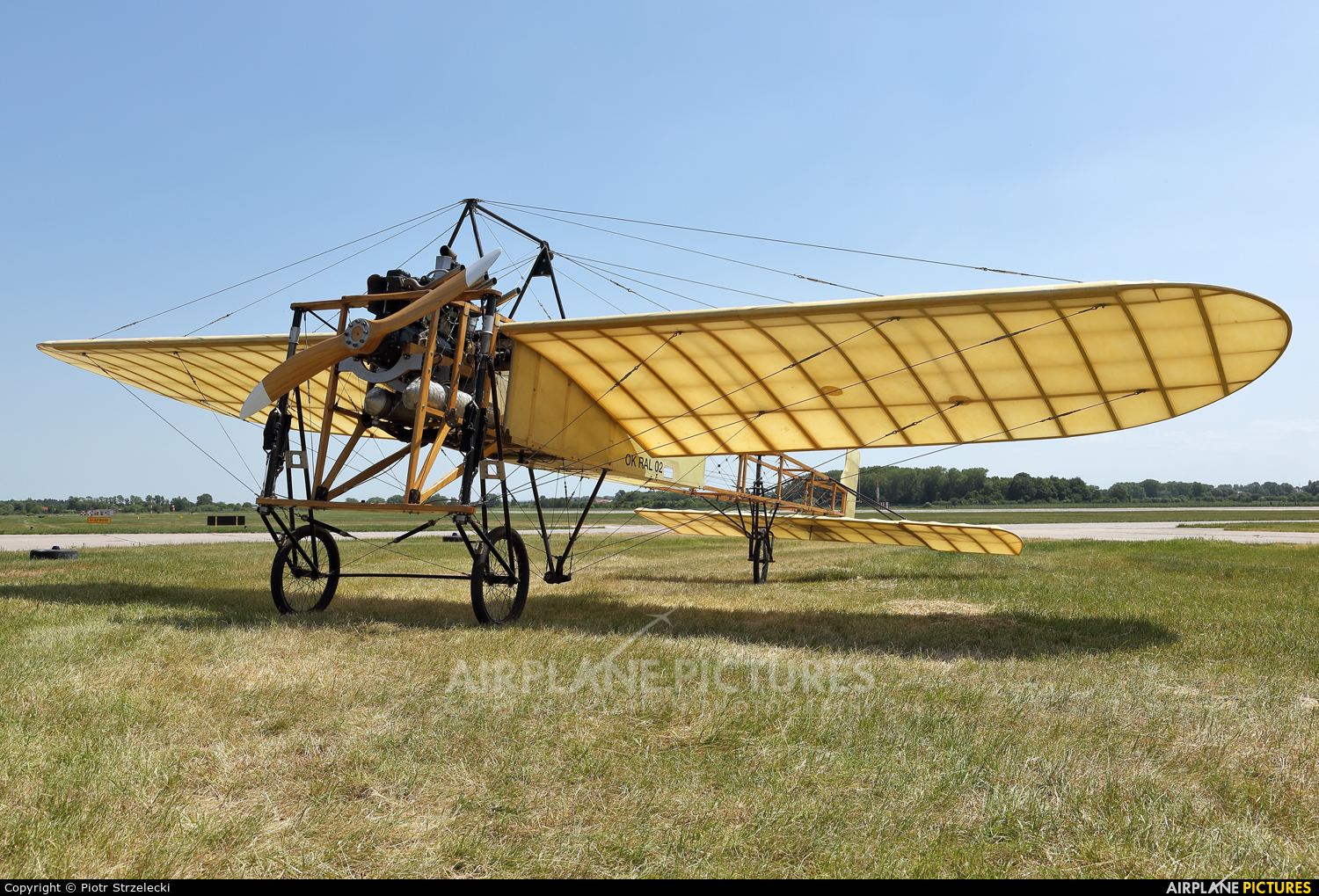 Private OK-RAL02 aircraft at Pardubice