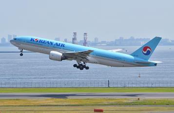 HL7766 - Korean Air Boeing 777-200