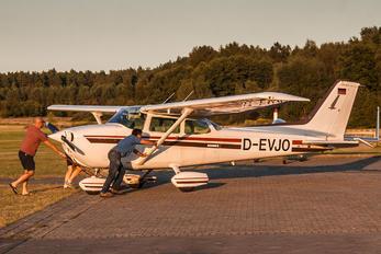 D-EVJO - Private Cessna 172 Skyhawk (all models except RG)