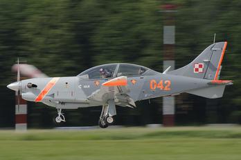 042 - Poland - Air Force PZL 130 Orlik TC-1 / 2