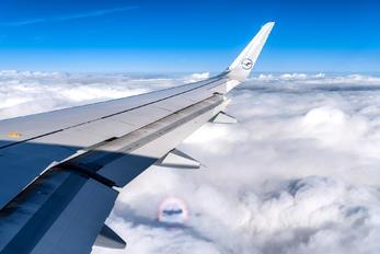 D-AIUG - Lufthansa Airbus A320