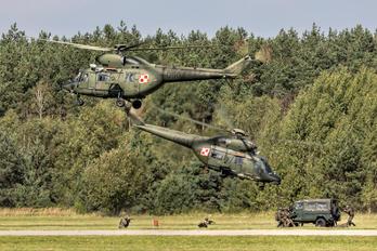 0604 - Poland - Army PZL W-3 Sokol