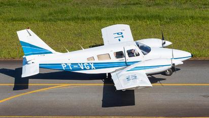 PT-VGX - EJ Escola de Aeronáutica Piper PA-34 Seneca