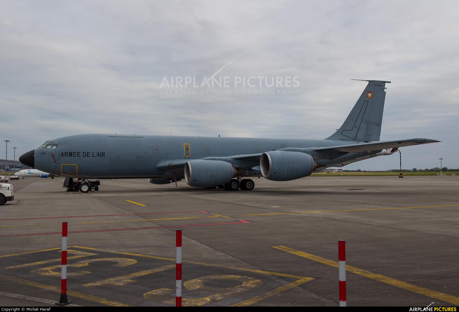 France - Air Force 740 aircraft at Dublin